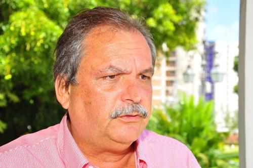 Câmara de Serra Branca julga contas de 2013 do ex-prefeito Eduardo Torreão nesta quarta
