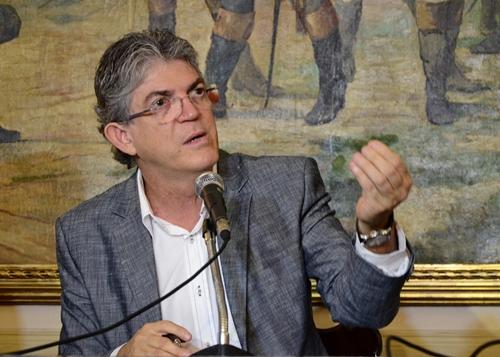 Ricardo critica não divulgação de pesquisa e já aponta PP como opositor