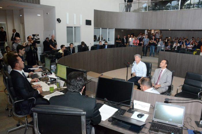 Vereadores de Cabedelo aprovam abertura de impeachment contra Leto