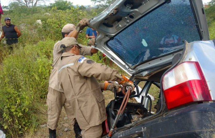 Motorista alcoolizado teria provocado acidente que matou comerciantes caririzeiros
