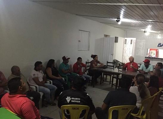 Deputado estadual Frei Anastácio recebe apoios à reeleição na região do Cariri