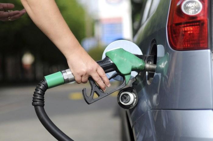 Petrobras anuncia nova redução e preço da gasolina cai 0,84%