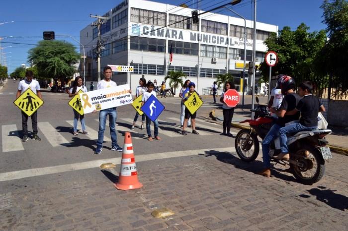 Alunos da Rede Municipal aderem a Campanha do Maio Amarelo em Monteiro