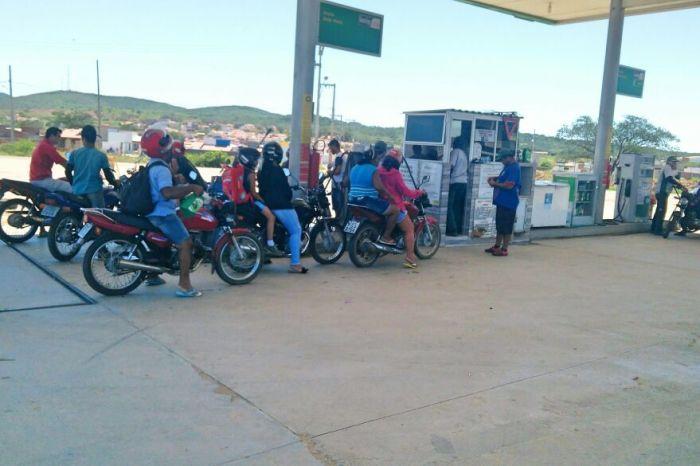 Cariri paraibano registra falta de combustíveis em postos