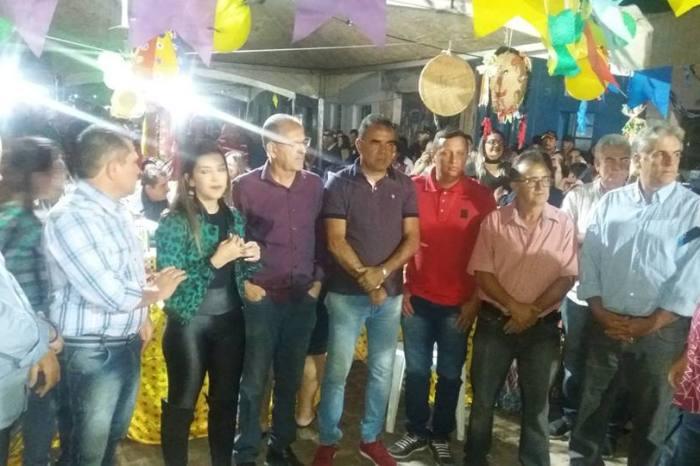 Vereadores de Monteiro prestigiam comemoração do aniversário da prefeita Anna Lorena