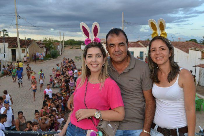 Vice prefeito de Monteiro parabeniza Anna Lorena pela passagem de seu aniversário