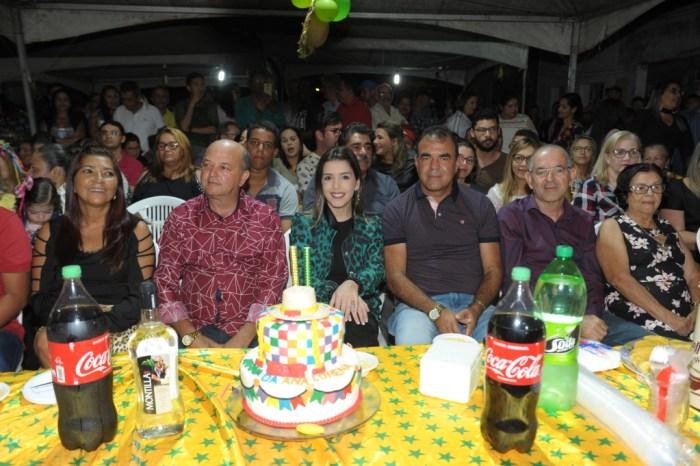 Aniversário da prefeita de Monteiro tem comemoração no Festival de Quadrilhas