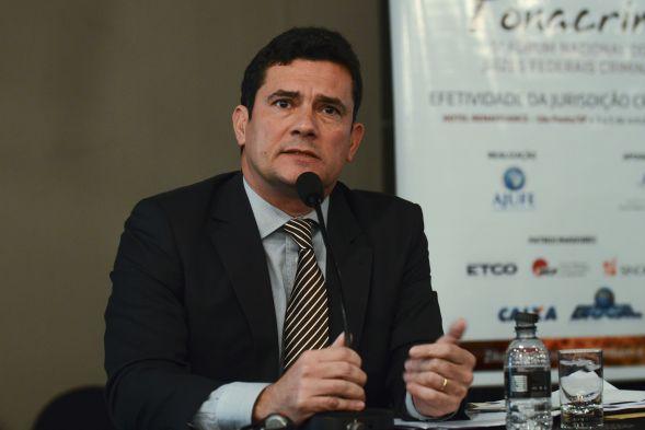 Moro impede que Polícia Federal solte Lula