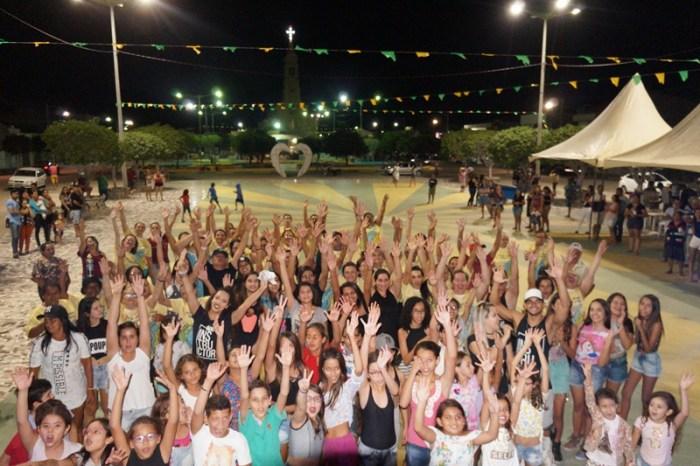 Prefeitura de São Sebastião do Umbuzeiro realiza aulão de Fit Dance