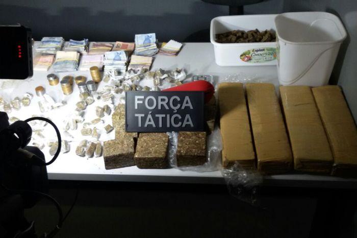 PM prende 111 suspeitos e apreende mais de 40 kg de drogas na PB