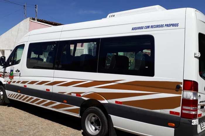 Éden entrega Van com 21 lugares para transporte de pacientes de hemodiálise