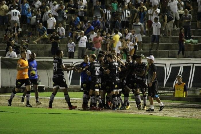 Marcos Aurélio resolve, Bota vence Santa e entra na Série C