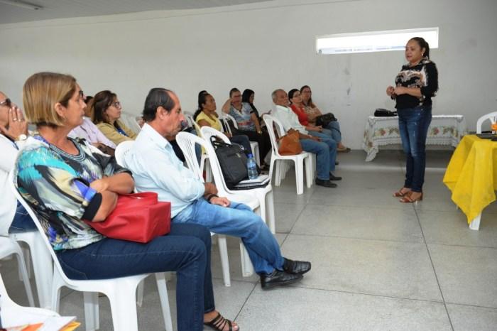 Conselhos se reúnem para Consulta Pública sobre Políticas para a Educação Inclusiva em Monteiro
