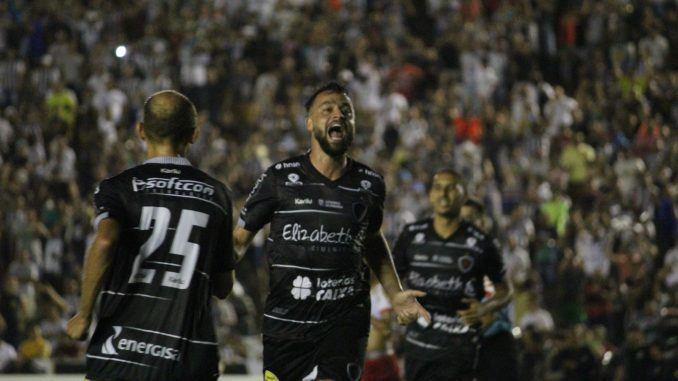 Botafogo-PB massacra o Serrano-PB, e testa 17 jogadores
