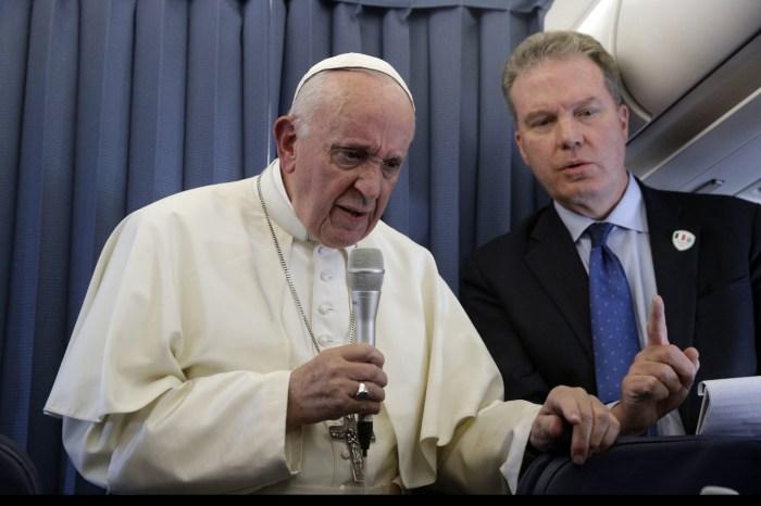 Papa rejeita tornar homens casados padres na Amazônia