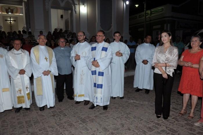 Festa da Padroeira de Monteiro é aberta; prefeita participa das festividades