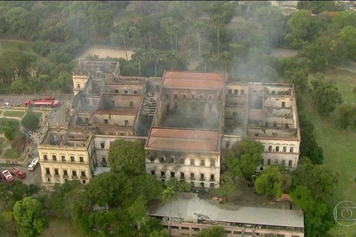 Recursos emergenciais serão liberados para o Museu Nacional