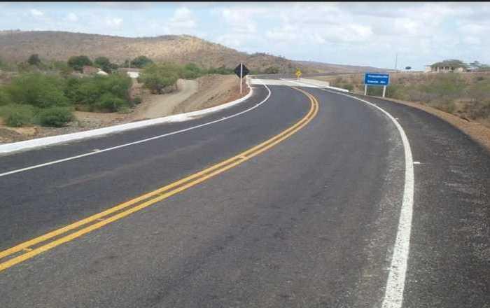 VANDALISMO: Cerca de 30 placas de sinalização são destruídas em rodovia no Cariri da PB