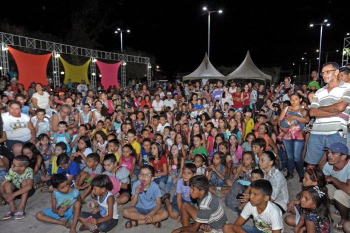 Muita risada e felicidade tomaram conta da Praça João Pessoa em Monteiro