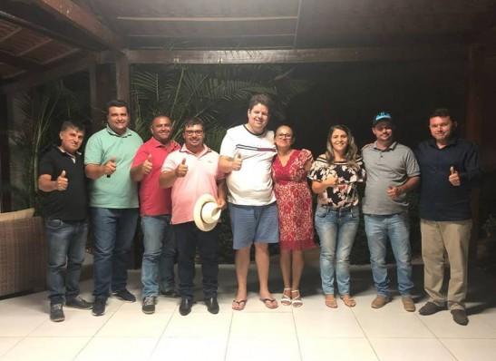 Grupo de Dr. Júnior escolhe Marta para presidir Câmara de Ouro Velho no 2° biênio