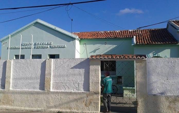 Grande Prejuízo: Escola Municipal é arrombada e furtada em na cidade de Sumé