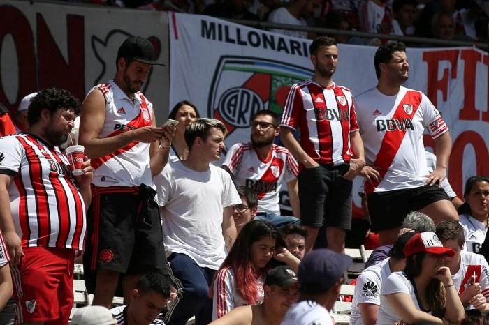 Final da Libertadores é adiada após ataque ao ônibus do Boca