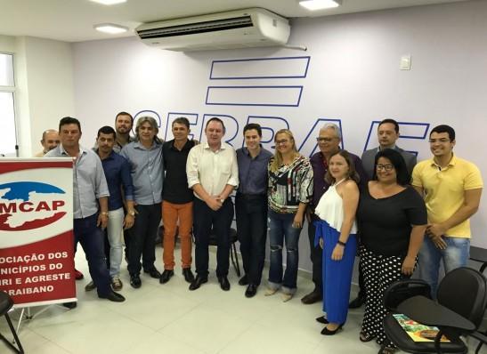 Senador eleito, Veneziano Vital se reúne com prefeitos do Cariri paraibano