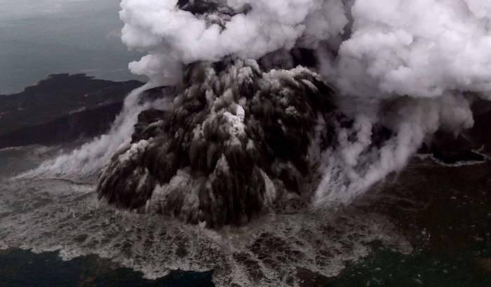 Indonésia diz que número de mortos em tsunami continuará subindo