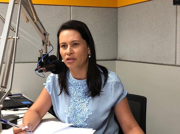 Com recursos próprios, prefeita anuncia construção de escola modelo para São Domingos do Cariri