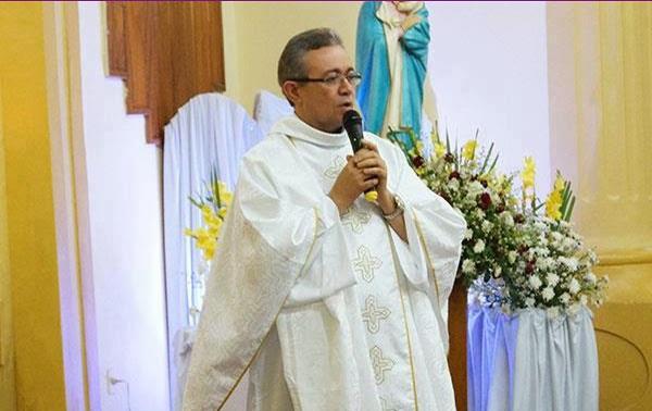 Padre José Marcos é transferido e Diocese escolhe novo pároco para cidade de Monteiro