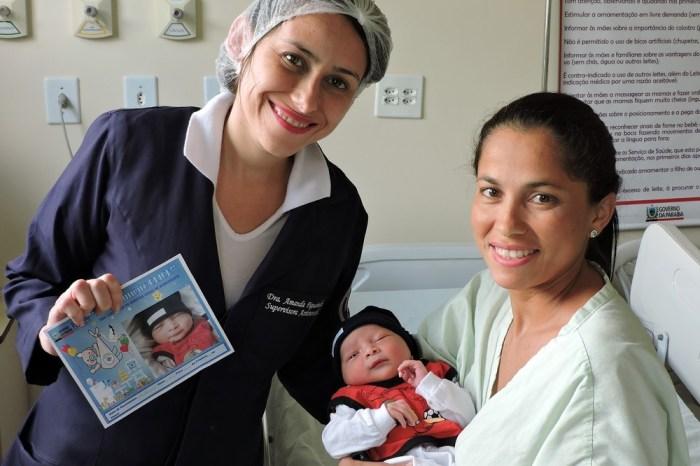Projeto de humanização fotografa recém-nascidos em hospital da PB