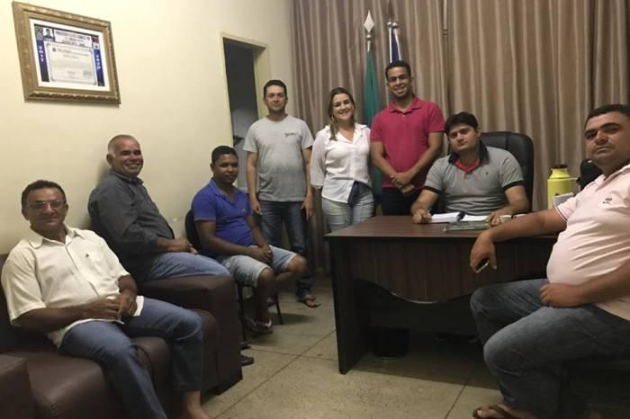 Prefeito de Zabelê se reúne com vereadores para definir metas e ações para 2019