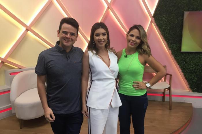 Prefeita Anna Lorena participa de programa na TV Tambaú e destaca ações da gestão