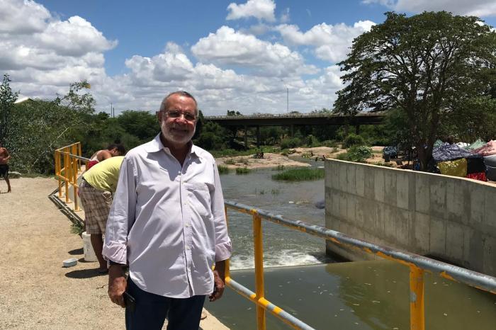MOÍDOS DA REDAÇÃO: Ex-deputado Carlos Batinga cumpre extensa agenda em Monteiro