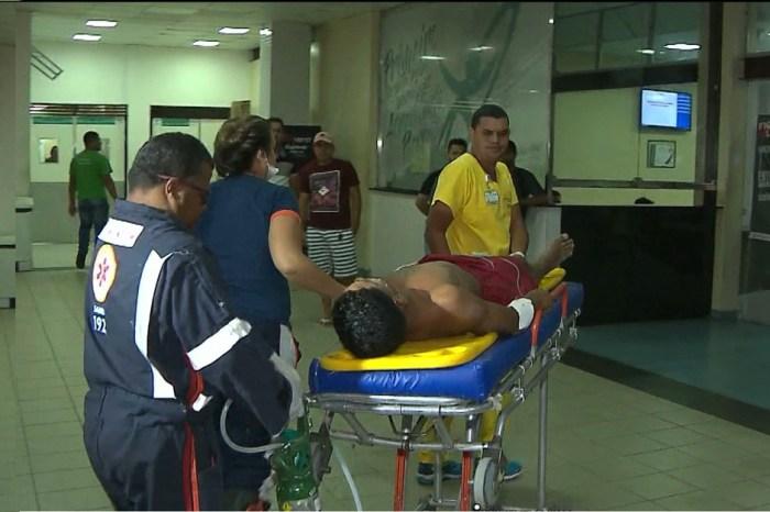 Venezuelano é esfaqueado pelo padrasto no Conde,PB, diz polícia