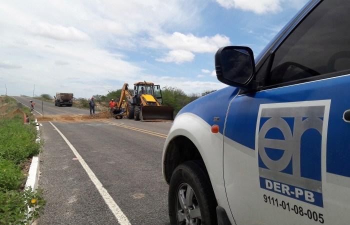 MOÍDOS DA REDAÇÃO: DER faz reparos em rodovia do Cariri danificada por chuvas