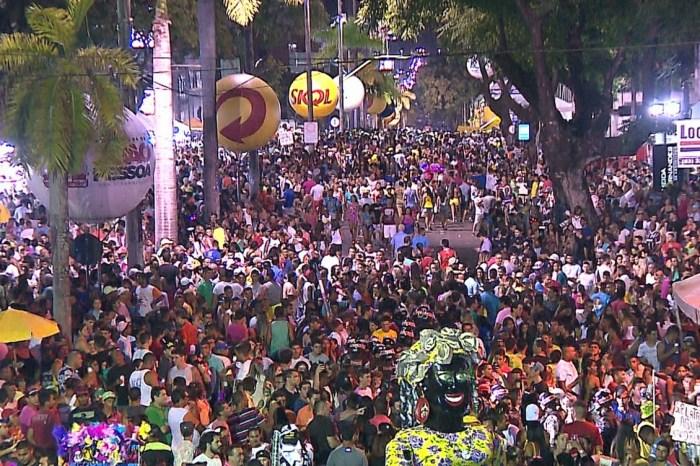 'Muriçocas do Miramar' anuncia fim dos desfiles com trio elétrico