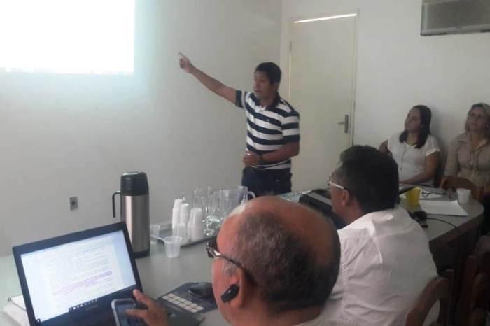 Conselho Municipal de Saúde de Monteiro participa de capacitação sobre políticas do SUS