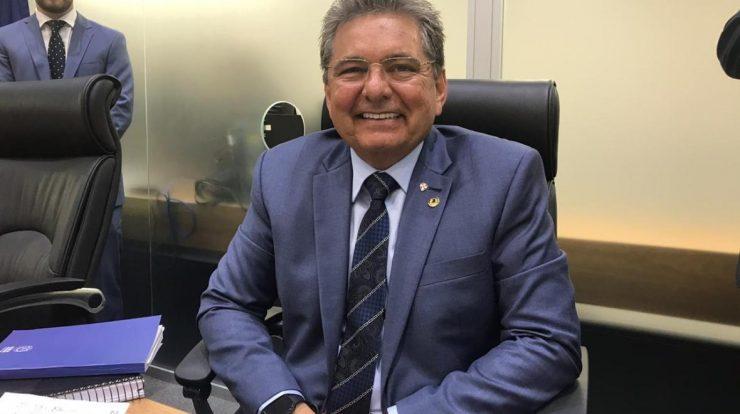 Adriano Galdino recebe título de cidadão pessoense e medalha
