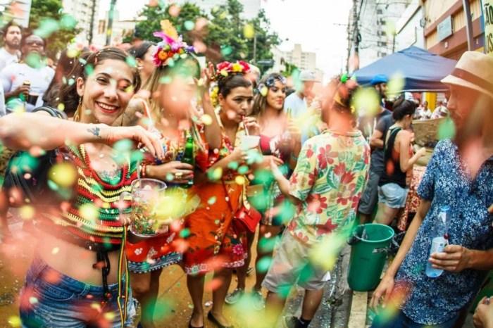 Prefeitura de Caraúbas promove carnaval em praça pública; confira a programação