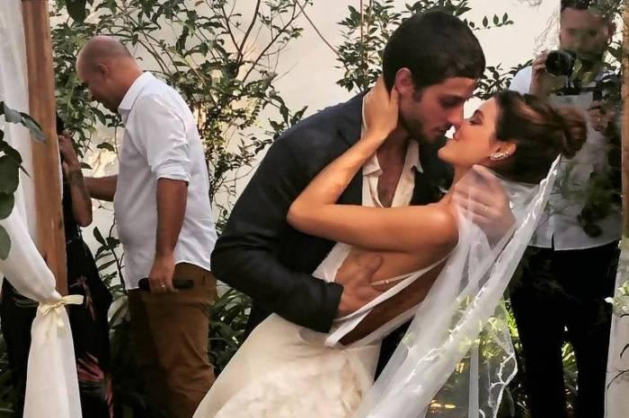 Chay Suede se casa com a modelo Laura Neiva em SP
