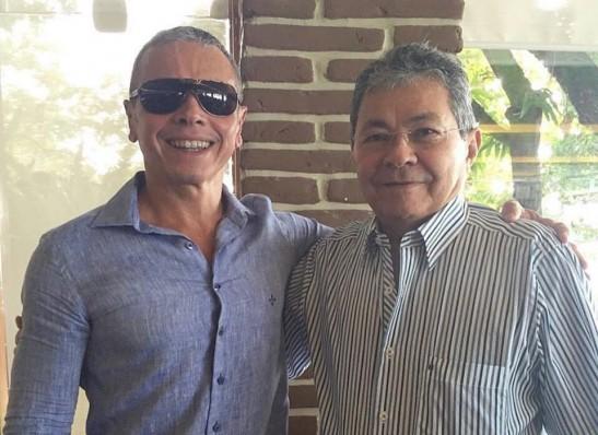 Fisco Estadual presta homenagem ao auditor Carlos Marinho