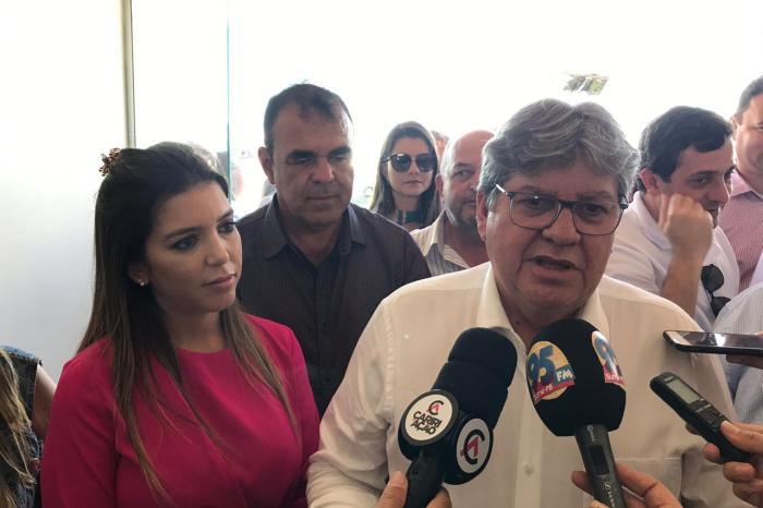 Câmara de Monteiro aprova votos de aplausos para João Azevêdo e agendará entrega do título de cidadania