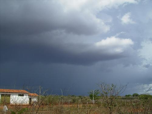 Inmet alerta regiões do Cariri e Seridó para fortes chuvas e ventos intensos
