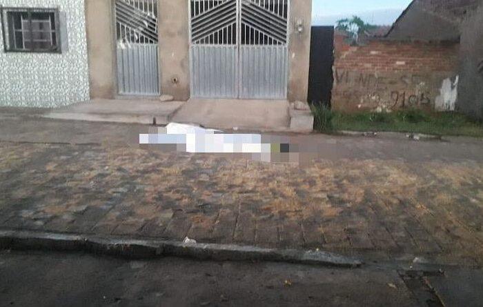 Violência: Homem é assassinado a tiros na cidade de Monteiro