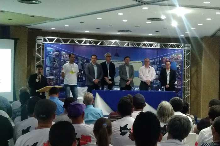 Prefeito Éden representa o Cariri em encontro estadual do Programa Água Doce
