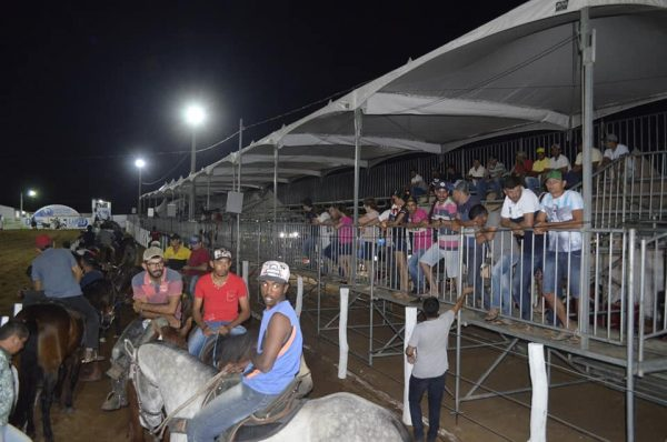 Vaquejada do Parque e Haras Chico Dias tem início em São J. do Cariri com grandes shows