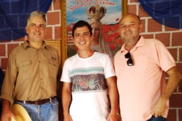 Presidente da Câmara de Monteiro participa de cavalgada e visita à santuário