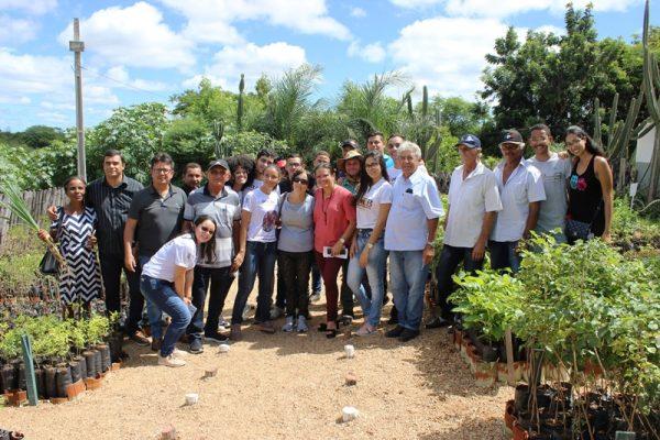 Laboratório de Ecologia e Botânica difunde conhecimentos para agricultores de Taperoá