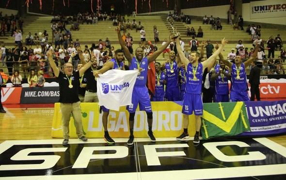 Unifacisa de CG bate São Paulo e é campeã da Liga Ouro